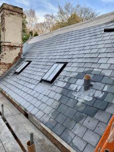 "alt=""condensation on roof"""