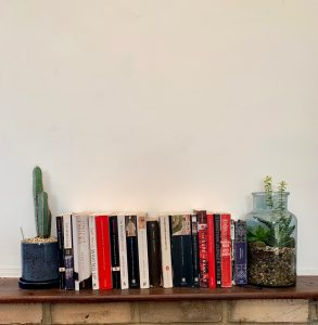 "alt=""DIY Bookshelf"""
